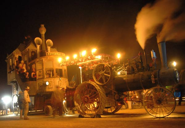 Kinetic Steam Works Rebuilds Steampunk Inspired Engines